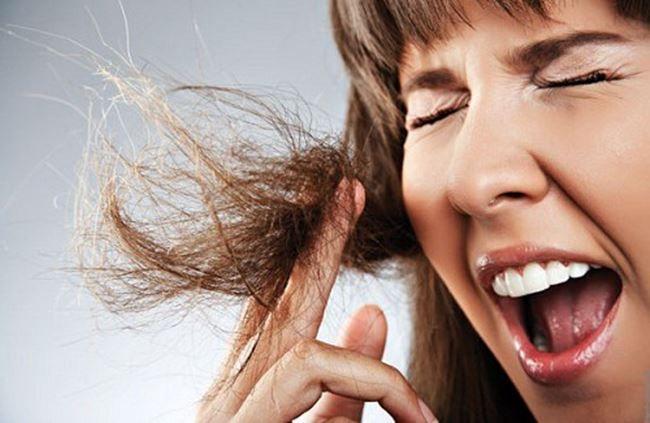 Reconstrução de cabelos X Hidratação. Qual a diferença?